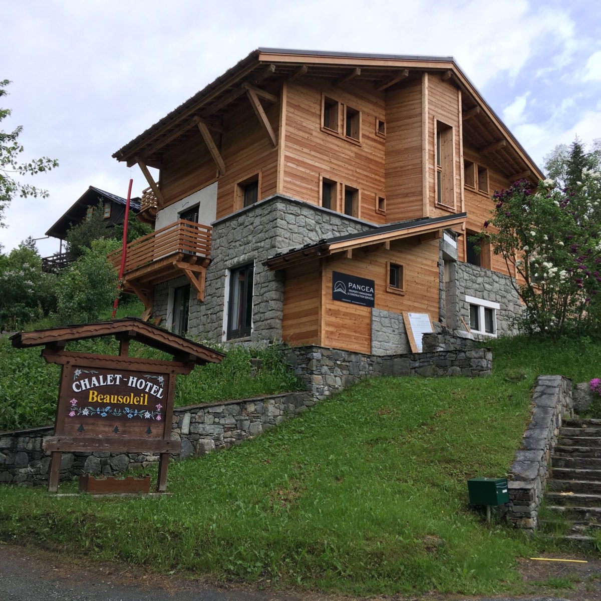 A wonderfully refurbished chalet, overseen by our team